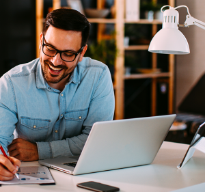Post As vantagens do home office nas relações de trabalho.