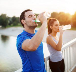 Post Como manter o corpo hidratado no verão para não prejudicar a saúde